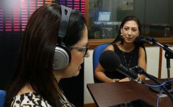 Juliane Chaia Dionizio (à direita) apresentou informações importantes sobre a endometriose. (Foto: Daniela Lima)