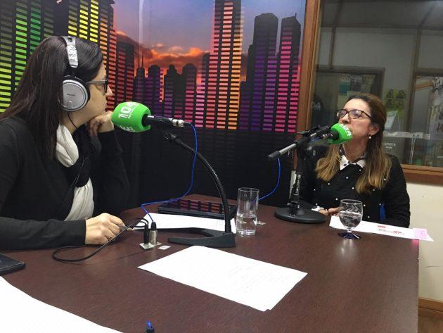 Coordenadora de Políticas de Prevenção do TJMS, Vanessa Vieira (à direita) falou ao Bom Dia Campo Grande sobre desafios na defesa das mulheres vítimas de violência doméstica. (Foto: Fertel)
