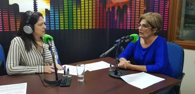 Mariah Barros (à direita) falou ao Bom Dia Campo Grande desta segunda-feira sobre os problemas causados pelas fake news para a vacinação contra o HPV. (Foto: Pedro Amaral/Fertel)