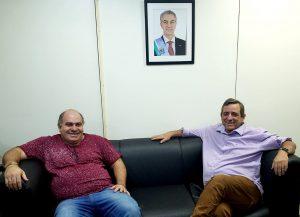 Marcos Roker e Bosco Martins, em reunião que tratou do retorno do Música Pra Ver à TVE Cultura. (Foto: Iasmin Biolo/Fertel)