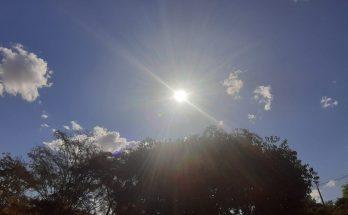 Sol sobre Campo Grande na tarde de ontem (8); sexta-feira também promete calor e baixa umidade do ar na Capital. (Foto: Humberto Marques)