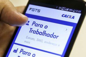 Aplicativo Caixa Econômica Federal-FGTS pode ser usado para consulta. (Foto: Agência Brasil)