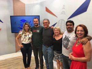 Da esquerda para a direita: Elza Recalde, Daniel Rockenbach, Genival Mota, Giovanna Prado, Clayton Sales e Lu Bigatão, time de apresentadores do Cult. (Foto: Fertel)