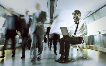 """Ambientes de trabalho """"tóxicos"""", nos quais o trabalhador não se sente à vontade, também prejudicam a empresa. (Foto: Life Hacker/Reprodução)"""