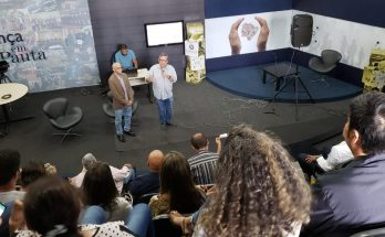 Reunião na sede da Fertel discutiu possibilidade de parceria para digitalização e comercialização do acervo da TVE Cultura MS. (Foto: Fertel)
