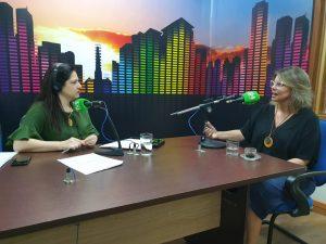 Giuliana Elisa dos Santos (à direita) falou ao Bom Dia Campo Grande sobre decisão profissional e ansiedade às vésperas do Enem. (Foto: Pedro Amaral/Fertel)