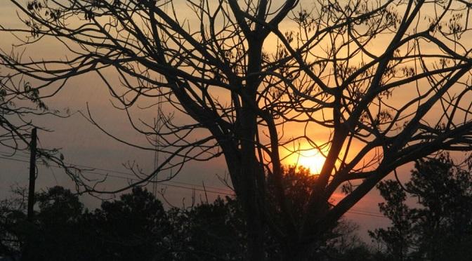 Sexta-feira terá sol e altas temperaturas, mas pode chover durante a tarde em diferentes regiões. (Foto: Subcom/Arquivo)